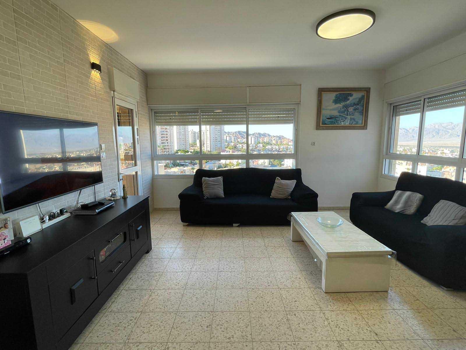 דירת 4 חדרים בשחמון למכירה באילת